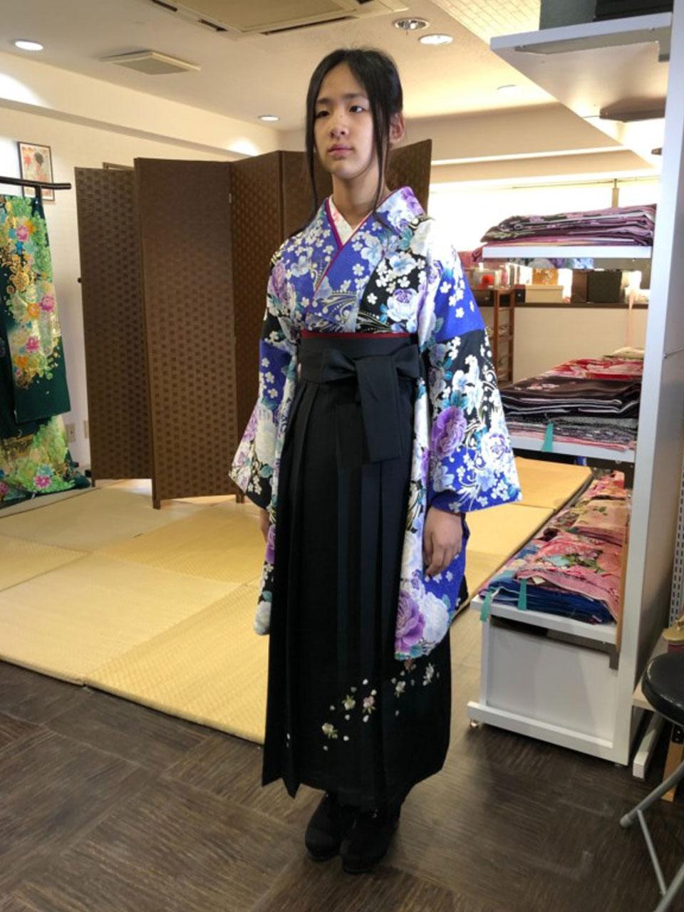 卒業袴(青黒花小紋)